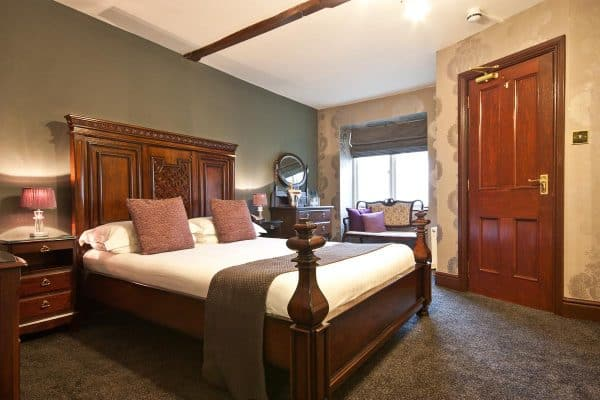 Broadoaks Classic Room