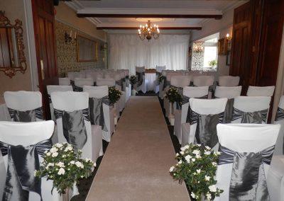 Lake District Wedding Venues Broadoaks Oak Ceremony Image 4