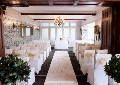 Lake District Wedding Venues Broadoaks Oak Ceremony Image 5